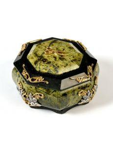 Кругла скринька зі змійовика